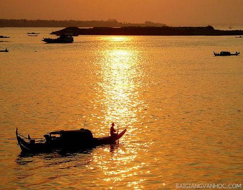 """nguoi lai do song da nguyen tuan - Phân tích nhân vật Phùng trong """"Chiếc thuyền ngoài xa"""" của nhà văn Nguyễn Minh Châu"""