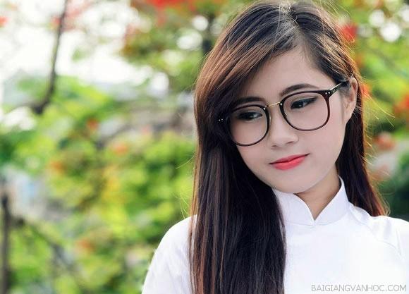 Thuyết minh về chiếc áo dài Việt Nam