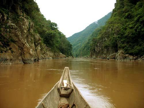 phan tich hinh tuong con song da trong tac pham nguoi lai do song da - Phân tích hình tượng con sông Đà trong tác phẩm Người lái đò sông Đà
